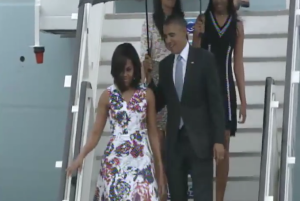 Screenshot of Obama arriving in Havana